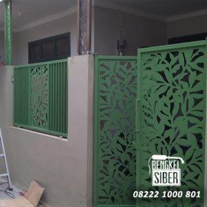 pintu pagar besi